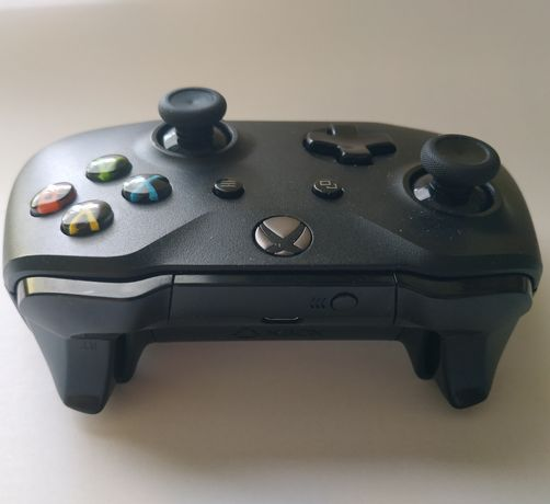Джойстик Xbox one s