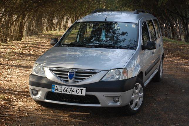 Отличная Dacia Logan MCV 7 мест. Только из Швейцарии