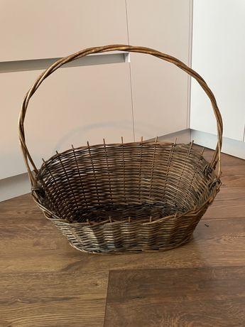 Плетеная корзинка посуда