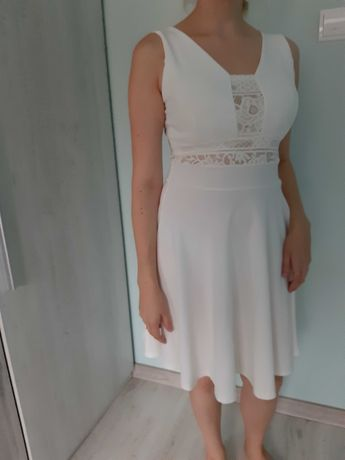 Śliczna biała sukienka + gratis