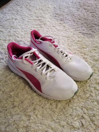 Кросівки Puma білі