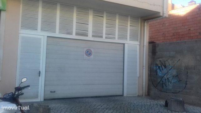 Parking space/Garage em Leiria, Leiria REF:2348.4