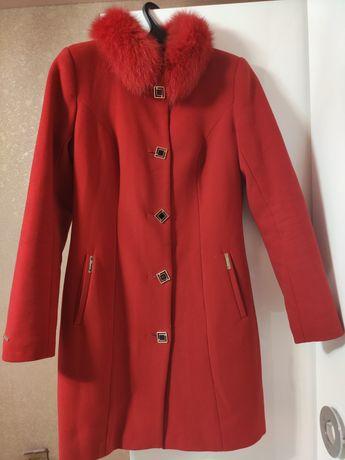 Женское кашемировые пальто