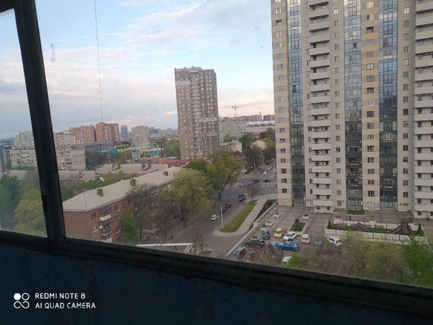Срочно сдам 1-комнатную квартиру, низ пр. Кирова (Поля), центр.