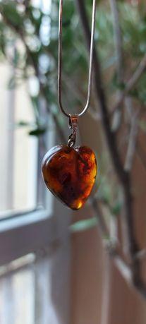 Kolczyki Swarovskiego zawieszka srebro bursztyn serce na łańcuszku