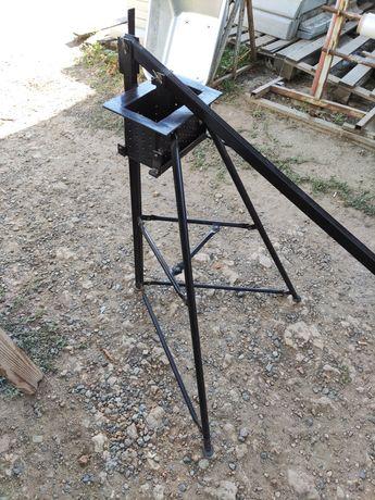 Брикетировщик - ручной пресс для изготовления топливных брикетов