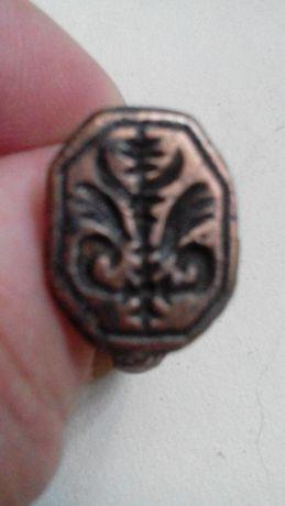 3. Украинское Кольцо-печать средневековое козачество с символами
