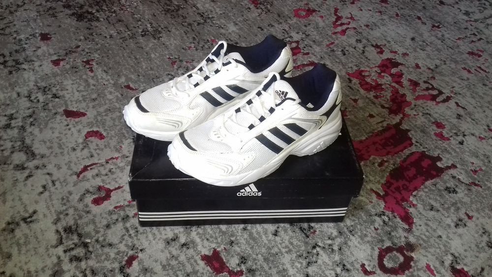 buty adidas (nowe) Słupsk - image 1