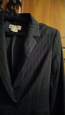 Пиджак черного цвета в мелкую полоску, размер 44, фирма Zara