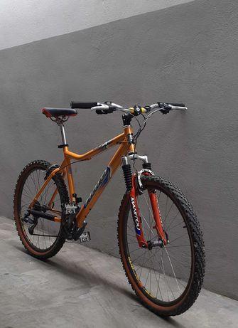 Bicicleta BTT Haro, roda 26