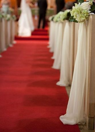Czerwony dywan do ślubu