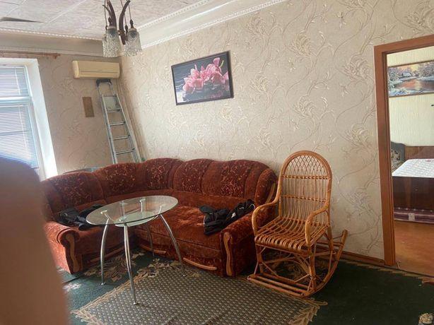 Продам 2- комнатную квартиру, самый центр M.S