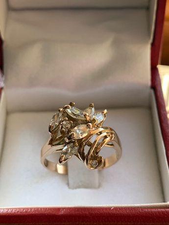 Złoty pierścionek p.585
