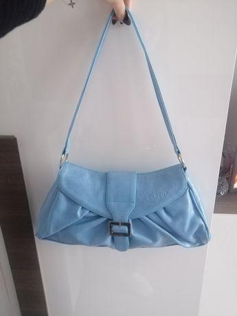 Niebieska torebka Karen z paskiem