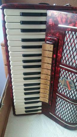Sprzedam akordeon hohner verdi v