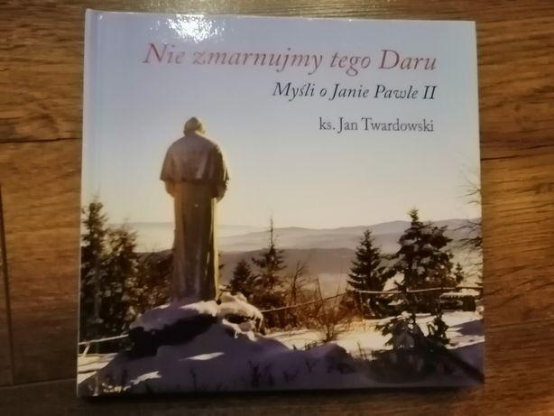 Książka religijna na Komunię
