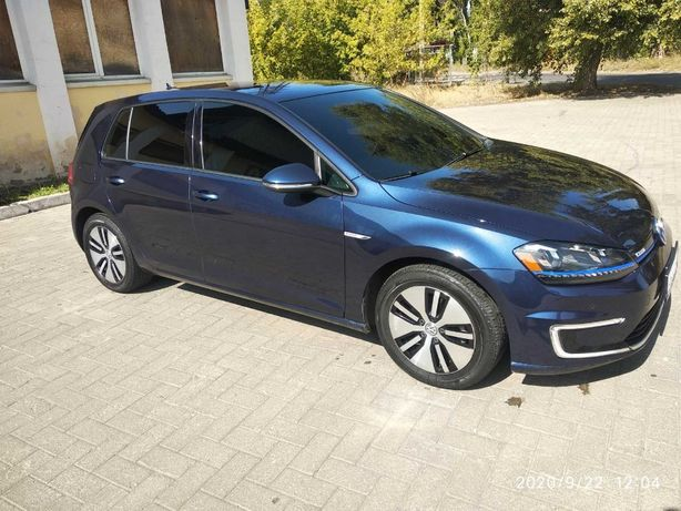 Продам Volkswagen e-Golf