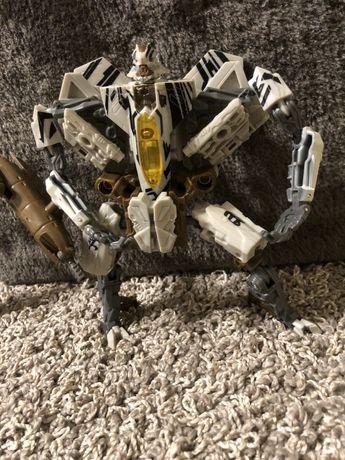 Робот трансформер хасбро hasbro