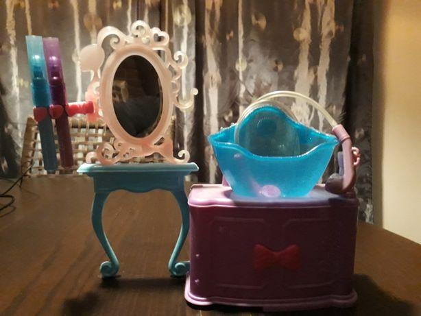 Mini salon fryzjerski dla lalek koników