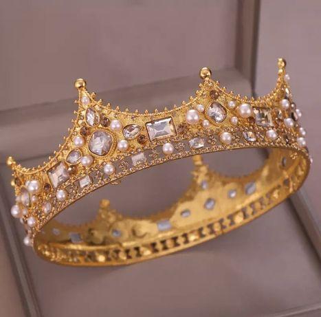 Диадема тиара корона