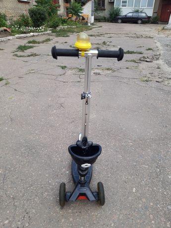 Трехколесный самокат беговел 3 в 1 толокар Maxi Scooter