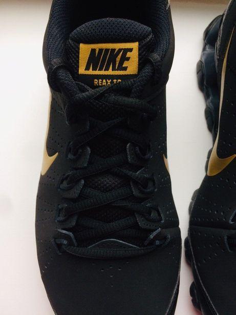 Nike Reax TR Новые оригинальные кроссовки р. 42, стелька 27 см.