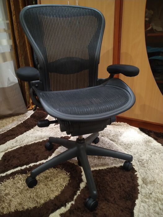 Кресло офисное/геймерское Herman Miller Aeron Ивано-Франковск - изображение 1
