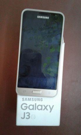 Продам телефон Самсунг Галакси j3 в хорошем состоянии