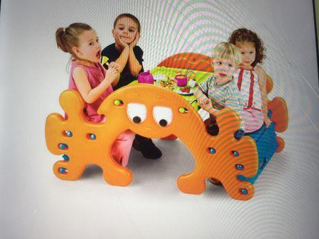 Mesa de piquenique e de atividadea para crianca NOVA