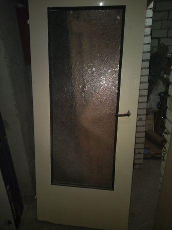 Drzwi pokojowe z szybą