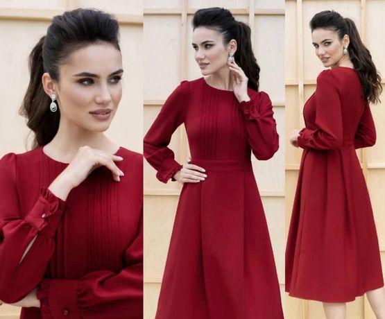 Красное  новое платье 44р