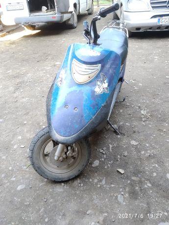 Продам або обминяю скутер