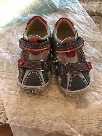 Кроссовки, сандали, 23 размер