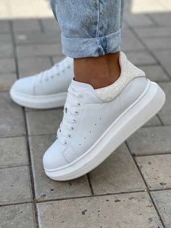 Кроссовки туфли ботинки с натуральной кожи