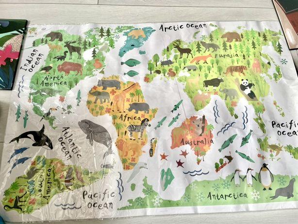 Декоративная Наклейка на стену Карта мира с животными