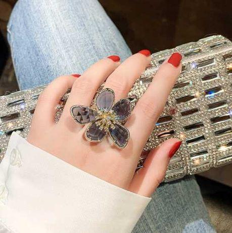 Nowy kryształowy duży pierścionek kwiat regulowany