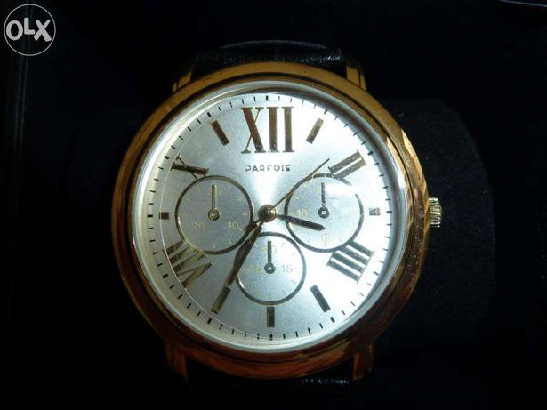 Relógio de senhora novo Parfois