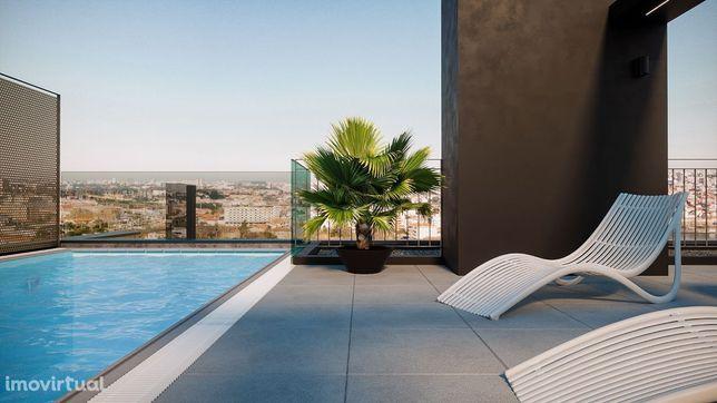 T0 Duplex Último Piso Varanda, piscina, vistas rio e Ponte Candal Gaia