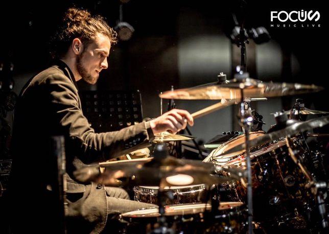 Уроки игры на барабанах (ударных) в городе Днепр