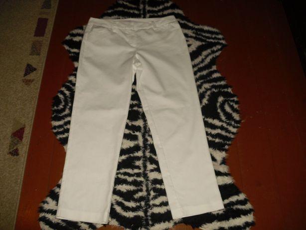 Spodnie białe R.36, LARRY LEVINE.