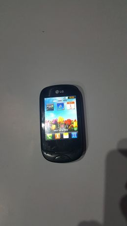 Telefon komórkowy LG T-500