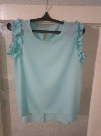 Блузка цвета тиффани