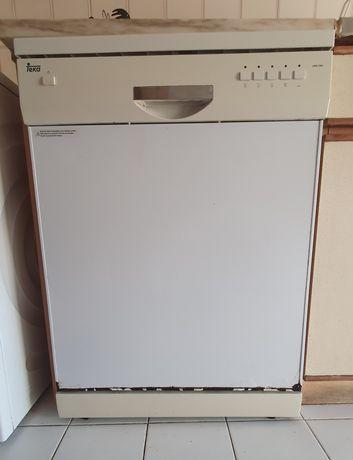 Máquina de lavar loiça avariada