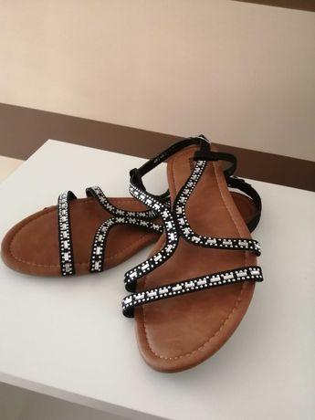 Damskie sandały r 40