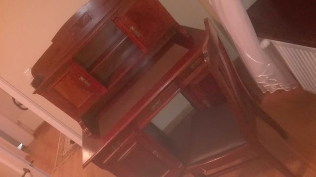Piekne stare biurko