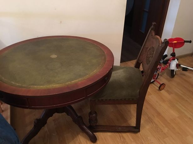 Stół i krzesła antyk