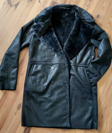 Czarny płaszcz z misiem roz. 38