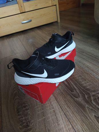 Nike revolution 5 Adidasy czarne buty sportowe chłopięce r.26