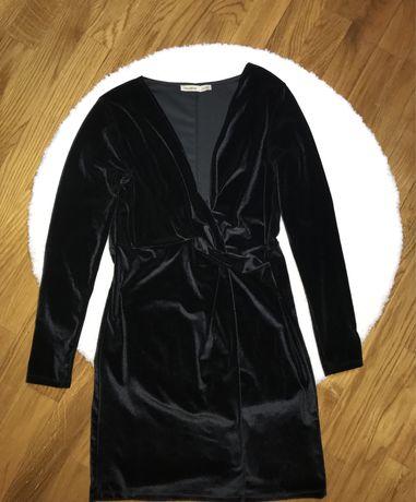 Продам велюровое платье pull&bear