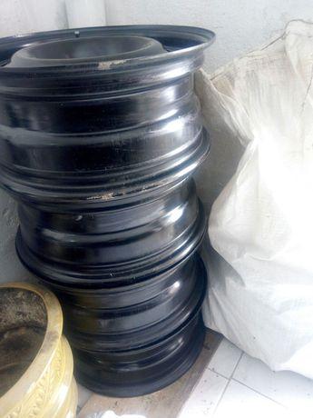 Продам диски R 16 5/108